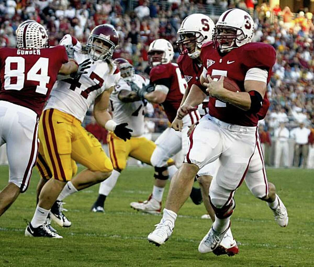 Stanford's Toby Gerhart runs around end for the first touchdown of the game in the first quarter. Stanford and USC played to a tie at the end of the first half in Stanford Calif. November 15, 2008