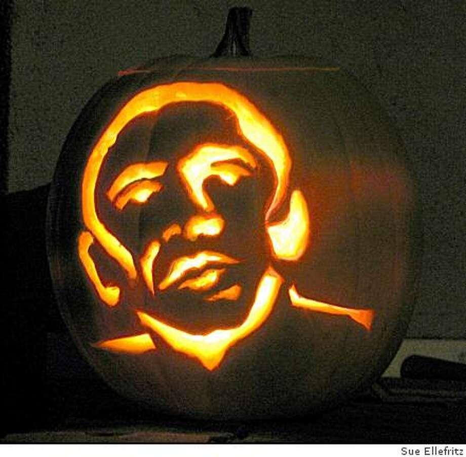Pumpkin cared as Obama for Halloween 2008 Photo: Sue Ellefritz