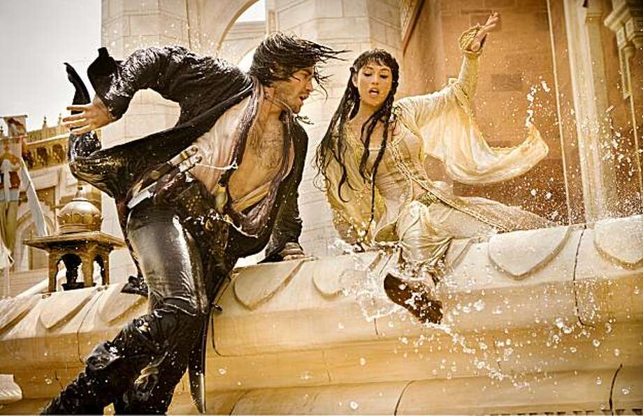 PRINCE OF PERSIA: THE SANDS OF TIME (L-R) Jake Gyllenhaal, Gemma Arterton Photo: Andrew Cooper, SMPSP, Disney Enterprises, Inc.