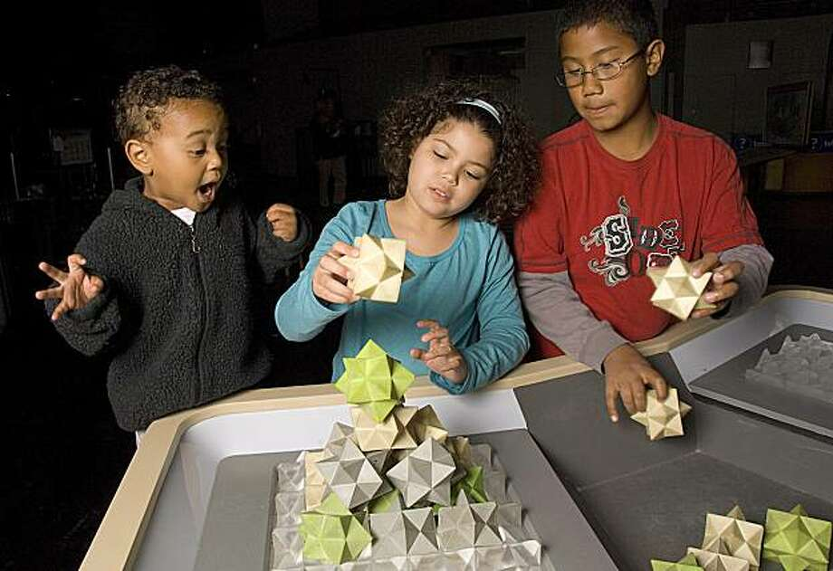 Kids play with Space-FIlling Blocks at the Exploratorium's new Geometry Playground Photo: Amy Snyder, Exploratorium