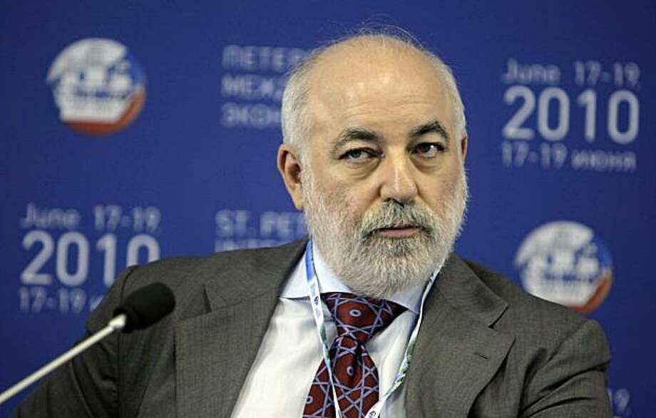 Viktor Vekselberg, Russian billionaire, pauses at the St. Petersburg International Economic Forum in St. Petersburg, Russia, on Thursday, June 17, 2010. The U.S. strongly supports Russia's bid to join the World Trade Organization, though much work remains to be done, Robert Hormats, the U.S. undersecretary of state for economics, energy and agriculture, said today at the St. Petersburg International Economic Forum. Photographer: Alexander Zemlianichenko Jr/Bloomberg *** Local Caption *** Viktor Vekselberg Photo: Alexander Zemlianichenko Jr., Bloomberg