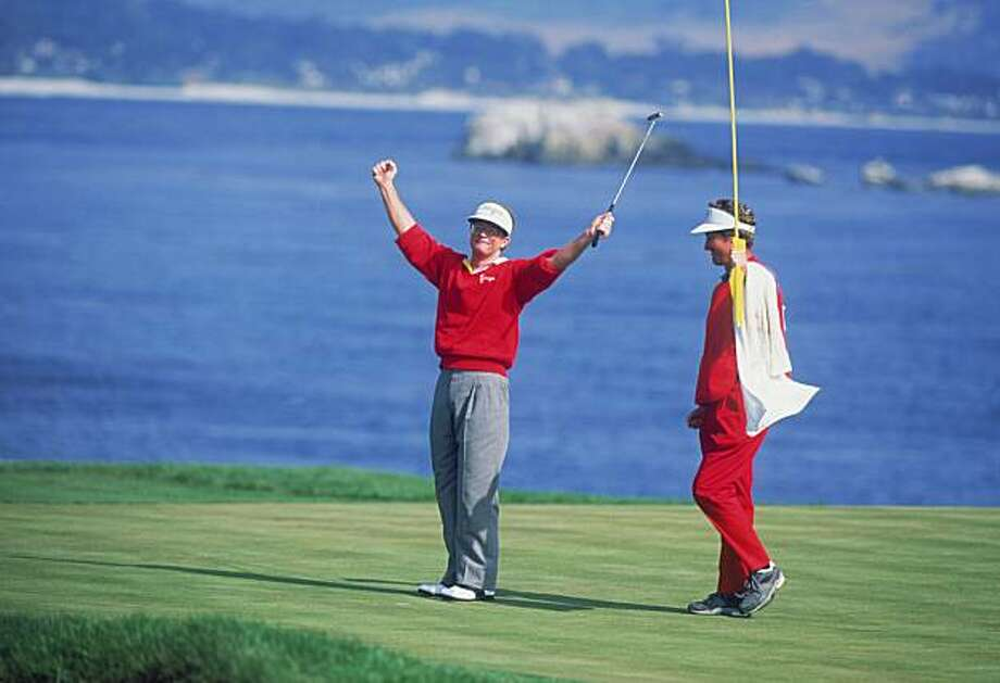 American golfer Tom Kite at the 18th tee during the final round of the US Open at Pebble Beach, California, June 1992. Kite won the tournament. (Photo by David Cannon/Getty Images) Photo: David Cannon, Getty Images
