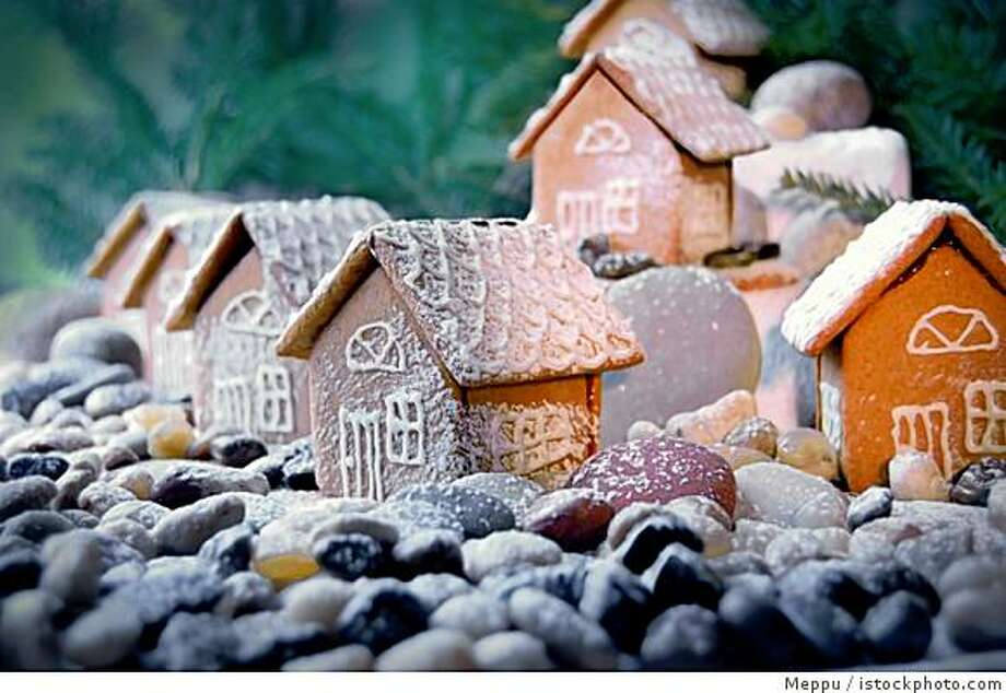 What does home for the holidays mean? Photo: Meppu, Istockphoto.com