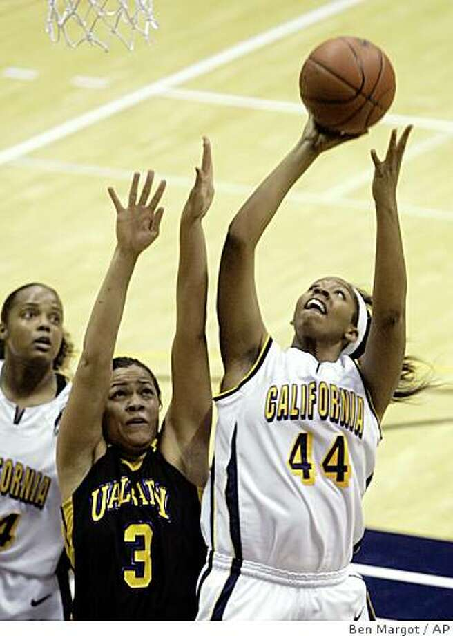 California's Ashley Walker (44) goes up for a shot against Albany, N.Y., guard Ashley Lindsay (3) during the first half Friday, Nov. 14, 2008, in Berkeley, Calif. Photo: Ben Margot, AP