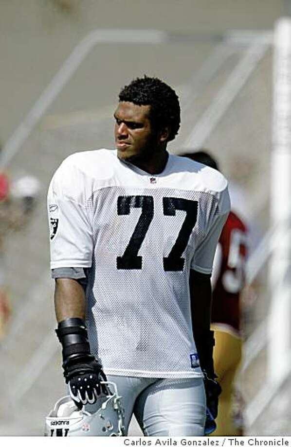 Raiders new left tackle, Kwame Harris. 49ers and Raiders practice against each other at the Raiders Napa training camp on Monday, August 4, 2008. Photo: Carlos Avila Gonzalez, The Chronicle