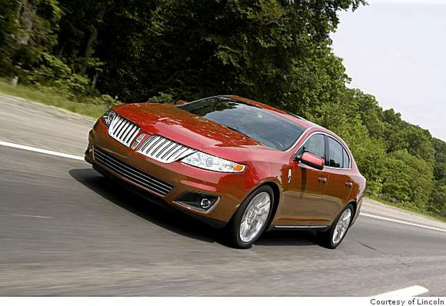 2009 Lincoln MKS Premium AWD Photo: Courtesy Of Lincoln