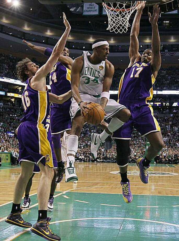 Boston Celtics' Paul Pierce penetrates the Los Angeles Lakers' defense in Game 5 of the NBA Finals on Sunday, June 13, 2010, at TD Garden in Boston, Massachusetts. (Robert Gauthier/Los Angeles Times/MCT) Photo: Robert Gauthier, MCT