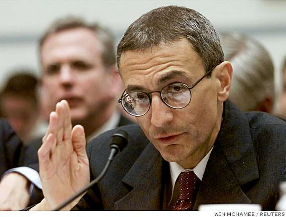 Former White House Chief of Staff John Podesta testifies before the House Committee on Government Reform March 1, 2001. The committee is investigating the pardon granted by former President Clinton to fugitive financier Marc Rich. REUTERS/Win McNamee Photo: WIN MCNAMEE, REUTERS