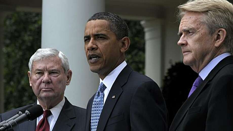 President Barack Obama, accompanied by BP Oil Spill Commission Co-Chairs, former Florida Sen. Bob Graham, left, and former EPA Administrator William Reilly, speaks in the Rose Garden of the White House in Washington, Tuesday, June 1, 2010, after their meeting. Photo: Susan Walsh, AP