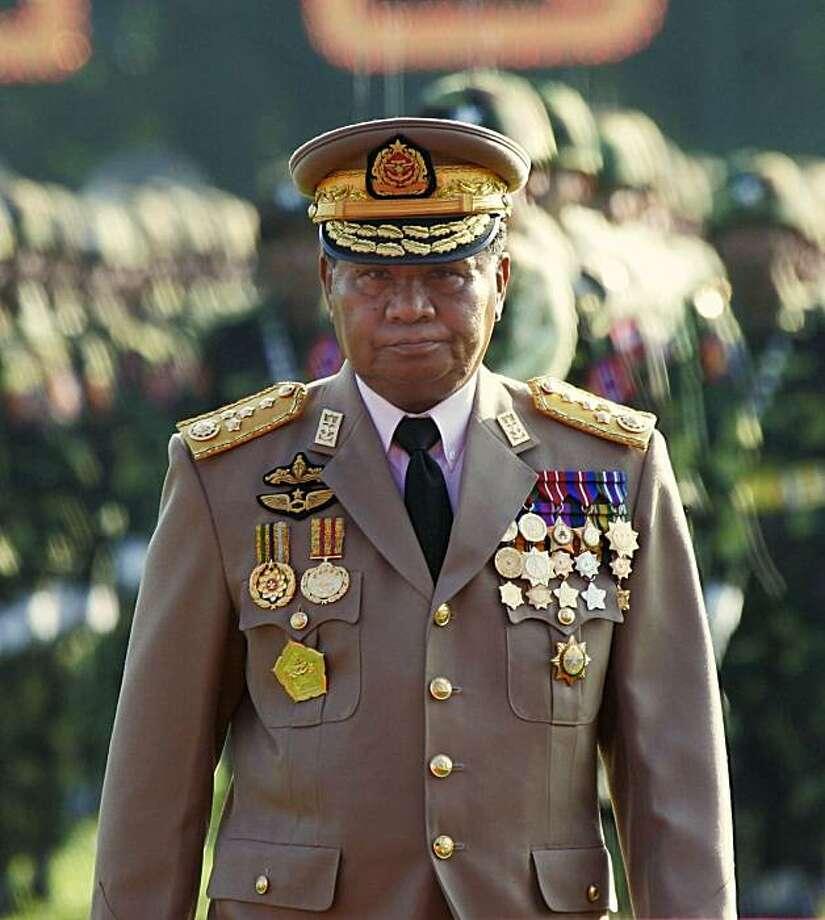 Myanmar junta leader Sen. Gen. Than Shwe attends Armed Forces Day ceremonies in Yangon, in this March 27, 2005, file photo. x Photo: David Longstreath, AP
