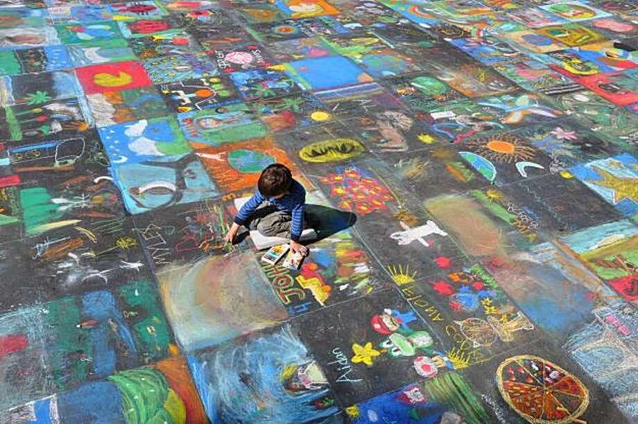 Youth in Arts Italian Street Painting Festival, Children's Avenue. Photo: Joy Phoenix