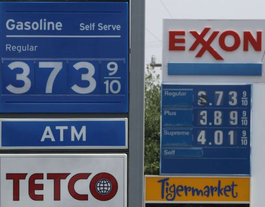 Gas prices at a Tetco and Exxon on the 10,000 block of San Pedro ranged from $3.73 a gallon all the way up to $4.01 a gallon for super unleaded at the Tetco. (Tuesday May 24, 2011) JOHN DAVENPORT/jdavenport@express-news.net (JOHN DAVENPORT / SAN ANTONIO EXPRESS-NEWS)