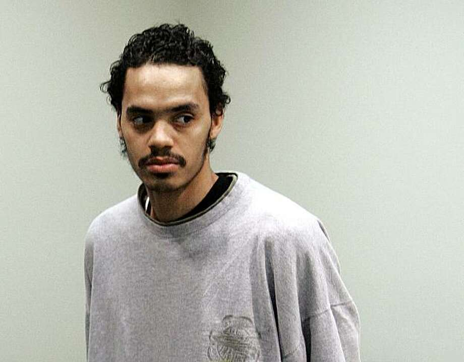 **FILE** In this April 21, 2008 photo, Vincent Smothers, 27, attends his arraignment in 36th District Court in Detroit. Smothers, an admitted Detroit hit man charged with killing a police officer's wife pleaded guilty Monday June 7, 2010 to second-degreemurder. Smothers admitted in Wayne County Circuit Court on Monday that he killed 47-year-old Rose Cobb on Dec. 26, 2007. He says he was hired to kill her by Cobb's husband, David Cobb. Cobb was never charged and hanged himself in September 2008. Photo: Paul Sancya, AP
