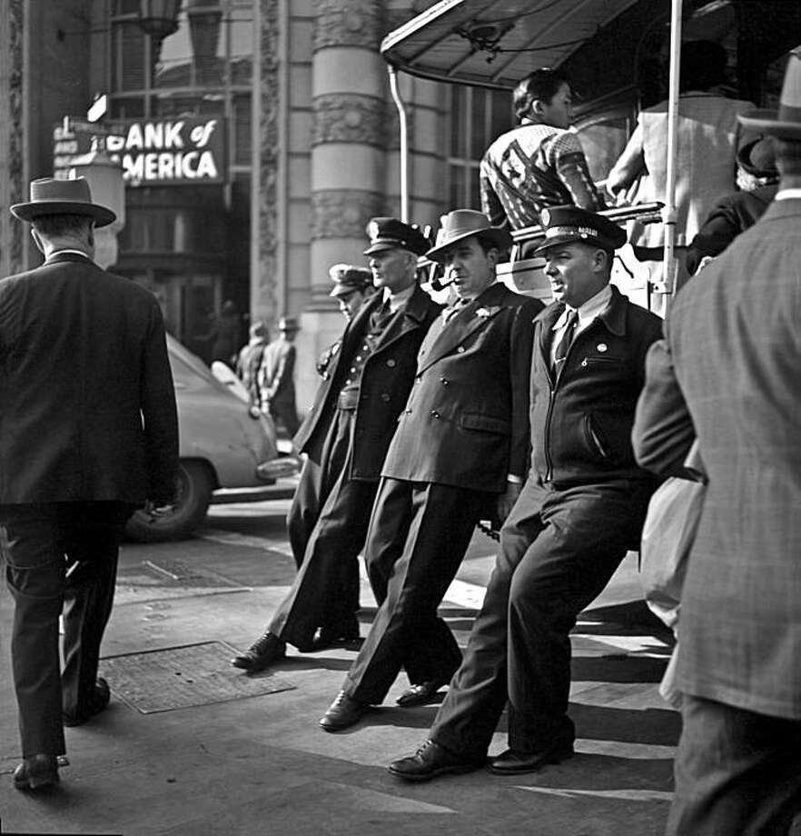 Cable Car turnaround, 1946 Photo: Fred Lyon