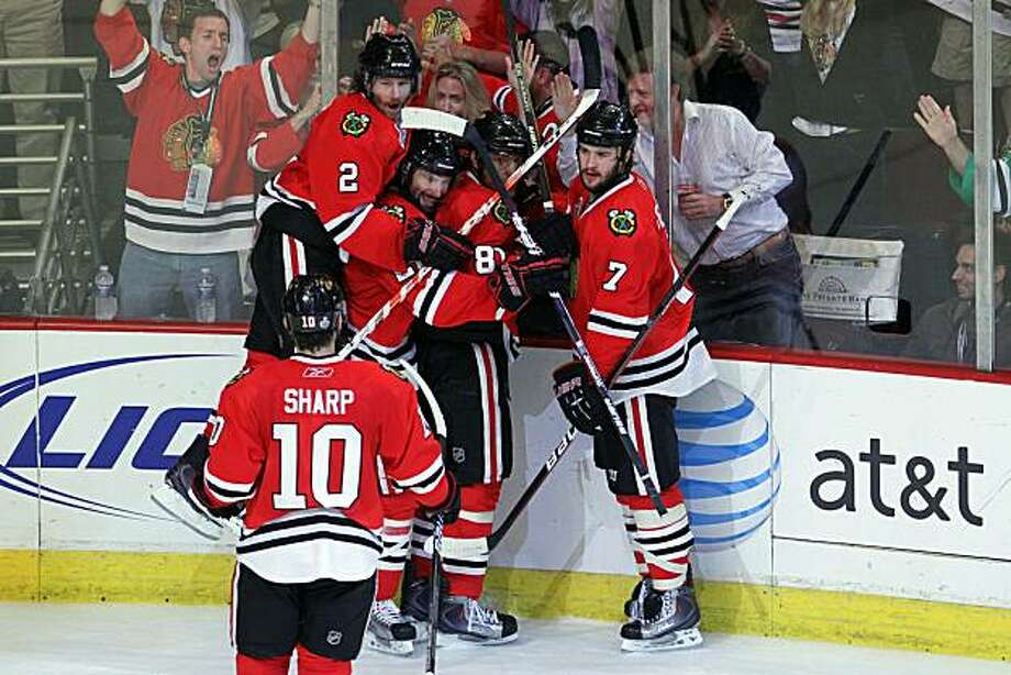 CHICAGO - MAY 31:  Marian Hossa #81 of the Chicago Blackhawks celebrates his second period goal with his teammates while taking on the Philadelphia Flyers in Game Two of the 2010 NHL Stanley Cup Final at the United Center on May 31, 2010 in Chicago, Illinois. Photo: Bruce Bennett, Getty Images