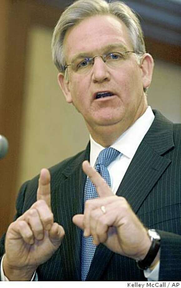 ** FILE ** In this Jan. 23, 2008 file photo, Attorney General and Democratic gubernatorial candidate Jay Nixon speaks during a news conference Wednesday, Jan. 23, 2008, in his office in Jefferson City, Mo. (AP Photo/Kelley McCall) Photo: Kelley McCall, AP