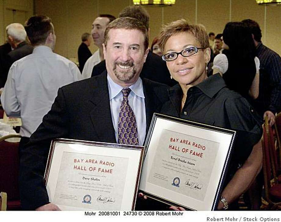 Dave Sholin of KFRC &and Renel Brooks-Moon of KISS (KISQ) at the Bay Area Radio Hall of Fame induction (2008). Photo: Robert Mohr, Stock Options