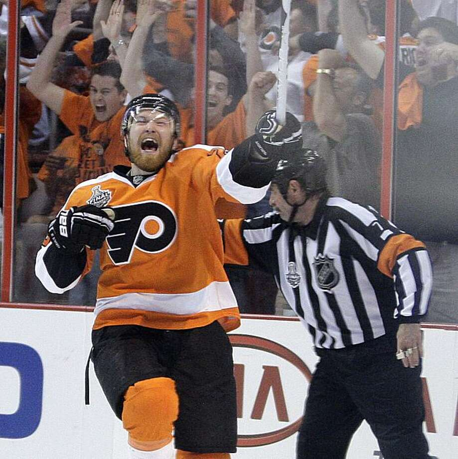 Philadelphia Flyers' Claude Giroux celebrates the game-winning overtime goal against the Chicago Blackhawks in Game 3 of the Stanley Cup finals at the Wachovia Center in Philadelphia, Pennsylvania, on Wednesday, June 2, 2010. The Flyers defeated the Blackhawks, 4-3, cutting Chicago's series edge to 2-1. (Yong Kim/Philadelphia Daily News/MCT) Photo: Yong Kim, MCT