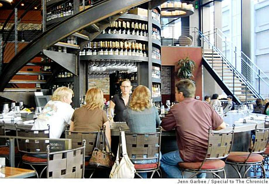 The Purple Cafe and Wine Bar, downtown Seattle, Photo: Jenn Garbee, Special To The Chronicle