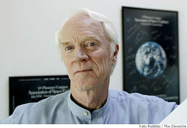 HOWN: Rusty Schweickart, the Chairman of the B612 Foundation. The B612 Foundation is trying to build an asteroid defense system. We photograph Rusty Schweickart in his home office in Tiburon, CA. These photos were shot in Tiburon, CA. on Wednesday, Aug. 30, 2006. (Katy Raddatz/The S.F.Chronicle) Photo: Katy Raddatz, The Chronicle