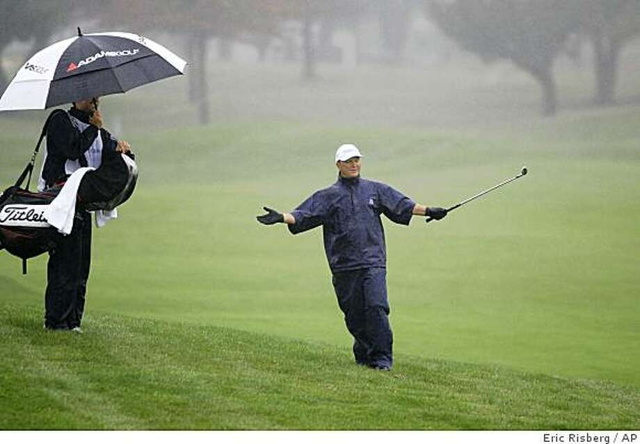 Gene Jones reacts after hitting the ball from off the fairway to the first green of Sonoma Golf Club during the third round of the Charles Schwab Cup Championship golf tournament in Sonoma, Calif.,Saturday, Nov. 1, 2008.(AP Photo/Eric Risberg) Photo: Eric Risberg, AP