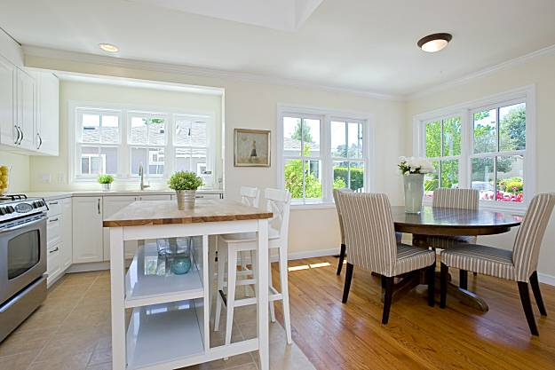 Remodeled mill valley home on the market sfgate for Dining room kitchen combo ideas