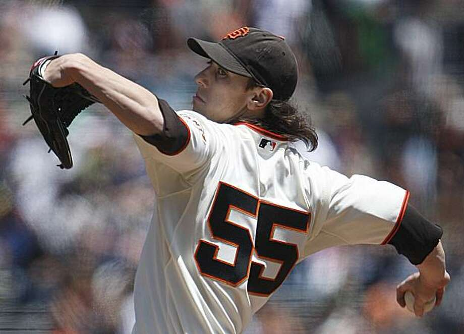 San Francisco Giants' Tim Lincecum works against the Houston Astros during the first inning Saturday in San Francisco. Photo: Ben Margot, AP