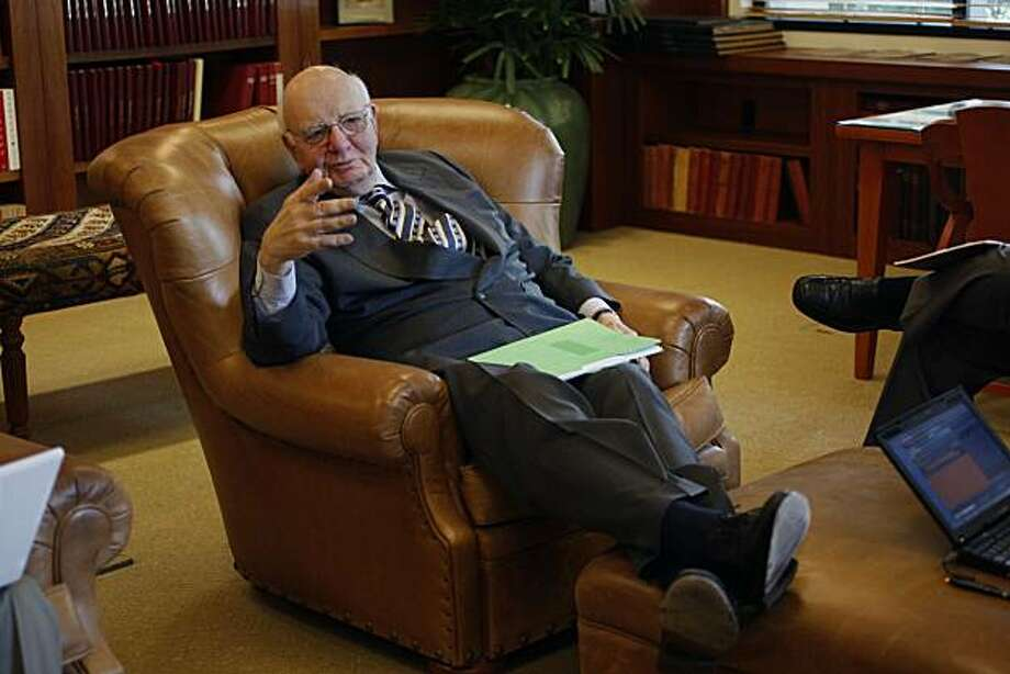 Paul A. Volcker, a top White House economic adviser, having a press conference on the Stanford University campus in Palo Alto, Calif., on Tuesday, May 18, 2010. Photo: Liz Hafalia, The Chronicle