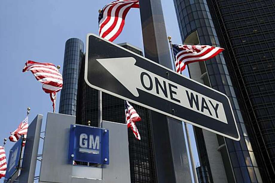 FILE - In this July 9, 2009 file photo, the General Motors headquarters is seen in Detroit. General Motors Co. rode expense cuts and strong sales of new models to post its first quarterly profit Monday, May 17, 2010, in nearly three years. Photo: Carlos Osorio, AP