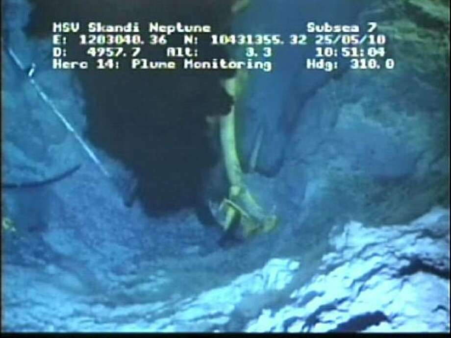 This undated frame grab image from video provided by British Petroleum (BP PLC), shows oil gushing from the blown well in the Gulf of Mexico, Tuesday, May 25, 2010, where the Deepwater Horizon rig sank last monthl. Photo: AP