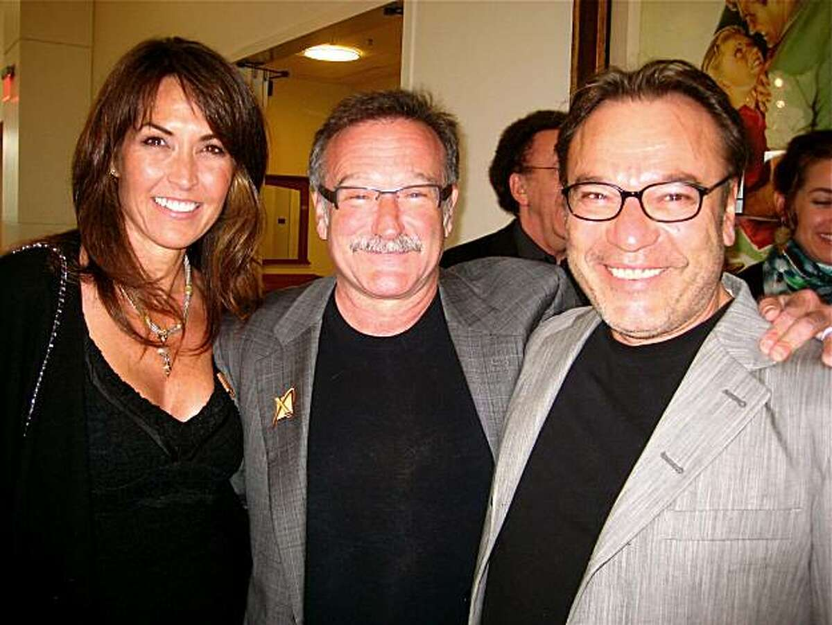 Susan Schneider (left) with Robin Williams and Stanlee Gatti at XPrize. May 2010.