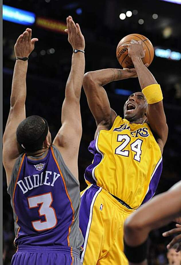 Los Angeles Lakers' Kobe Bryant shoots over Phoenix Suns' Jared Dudley during the first half in Game 1 of the NBA Western Conference finals at the Staples Center in Los Angles, California, on Monday, May 7, 2010.  (Michael Goulding/Orange County Register/MCT) Photo: Michael Goulding, MCT