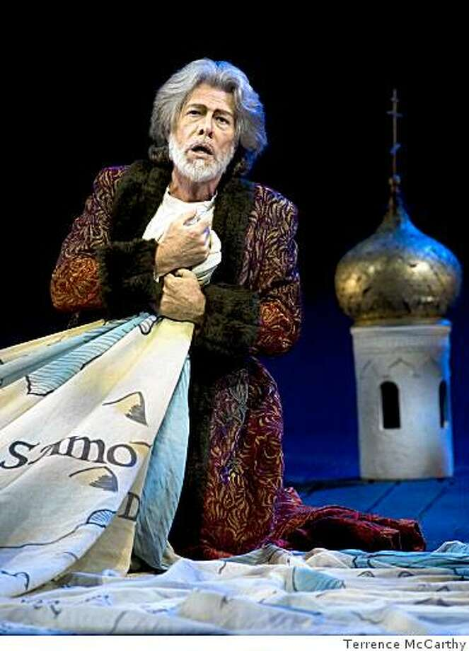 Samuel Ramey as Boris in San Francisco Opera's Boris Godunov. Photo: Terrence McCarthy