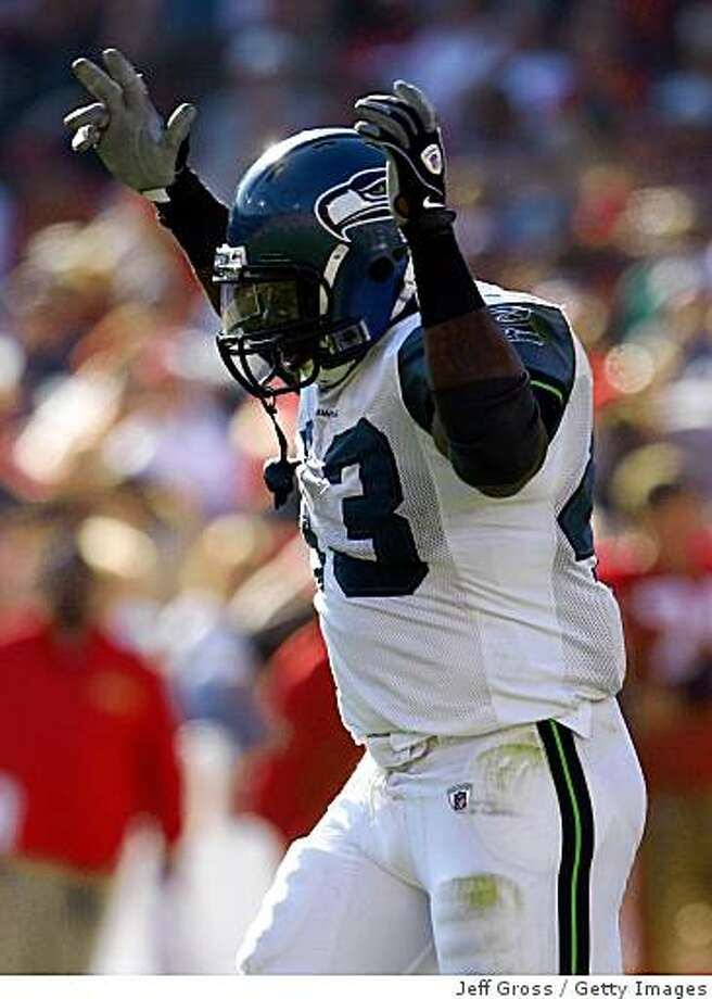 Seahawks fullback Leonard Weaver celebrates his second touchdown of the game against the 49ers in the third quarter at Candlestick Park on October 26, 2008 in San Francisco, California. The Seahawks defeated the 49ers 34-13. Photo: Jeff Gross, Getty Images
