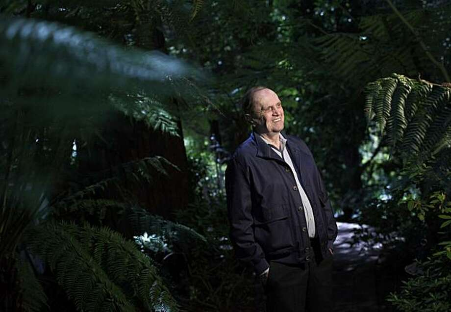 In this photo made Wednesday, April 28, 2010, comedian Bob Newhart poses for photos in Los Angeles. Photo: Jae C. Hong, AP