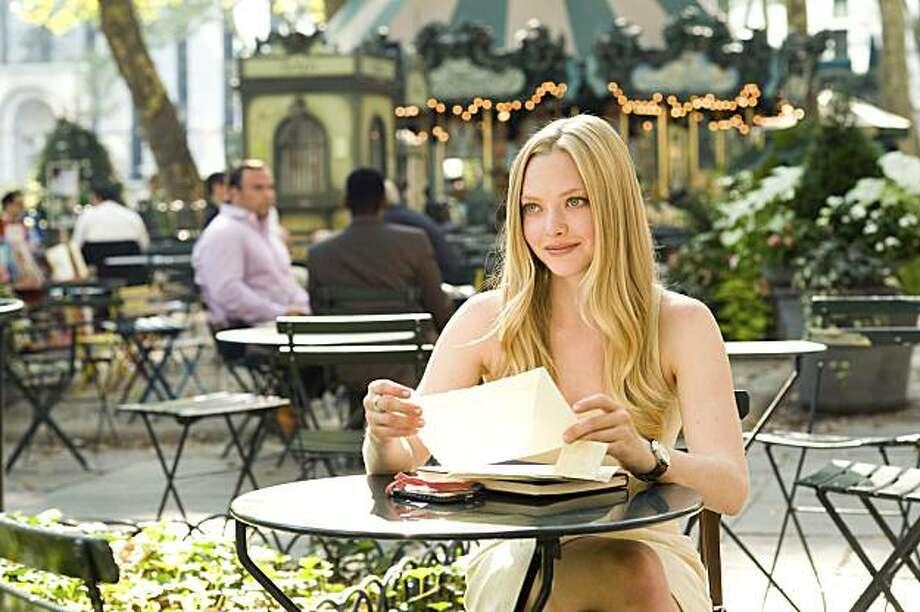 AMANDA SEYFRIED stars in LETTERS TO JULIET Photo: Myles Aronowitz, Summit Entertainment LLC