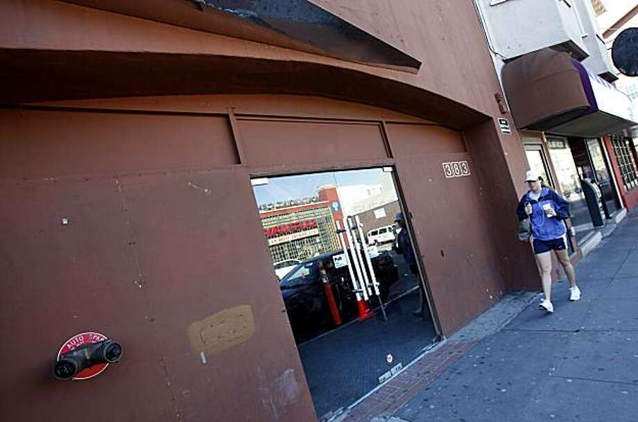 Suede nightclub at 383 Bay Street where the shooting occurred. A shooting early Sunday February 7, 2010 near the Suede nightclub on Bay Street in San Francisco, Calif. left one person dead and four wounded. Photo: Brant Ward, The Chronicle