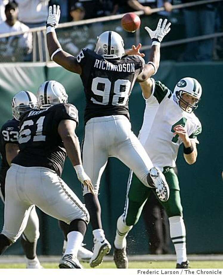 Oakland Raider defense unit had a good day against Brett Favre offense where they finally won in overtime on October 19, 2008 at the Oakland-Alameda County Coliseum. Photo: Frederic Larson, The Chronicle