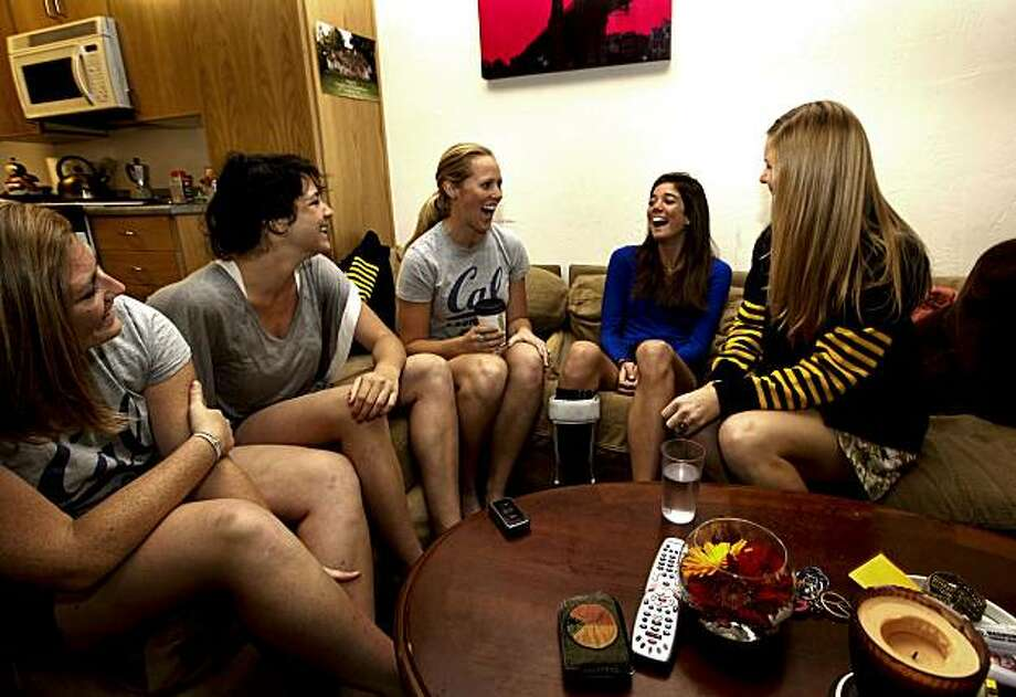 """(left to right)  Catie O""""Mahoney, Alyse Kennedy, Alex Tickner, Tighe Hutchins and DennaFaye Herald at Hutchins' apartment in Berkeley, Calif. on Wednesday May 05, 2010. UC Berkely women's lacrosse player, Tighe Hutchins suffered an aneurysm and was helped through her ordeal with the support of her teammates. She is no longer  able to play on the team but still hangs out with her close friends. Photo: Michael Macor, The Chronicle"""