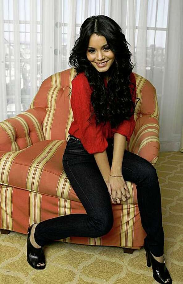 """Cast member Vanessa Hudgens from the movie """"High School Musical 3: Senior Year"""" poses for a portrait in Los Angeles October 12, 2008. The movie opens in the U.S. on October 24.  REUTERS/Mario Anzuoni   (UNITED STATES) Photo: Mario Anzuoni, Reuters"""