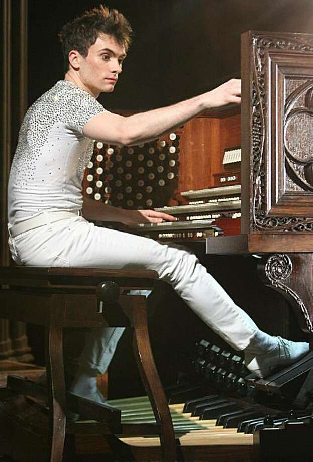 Organist Cameron Carpenter Photo: Steward Noack