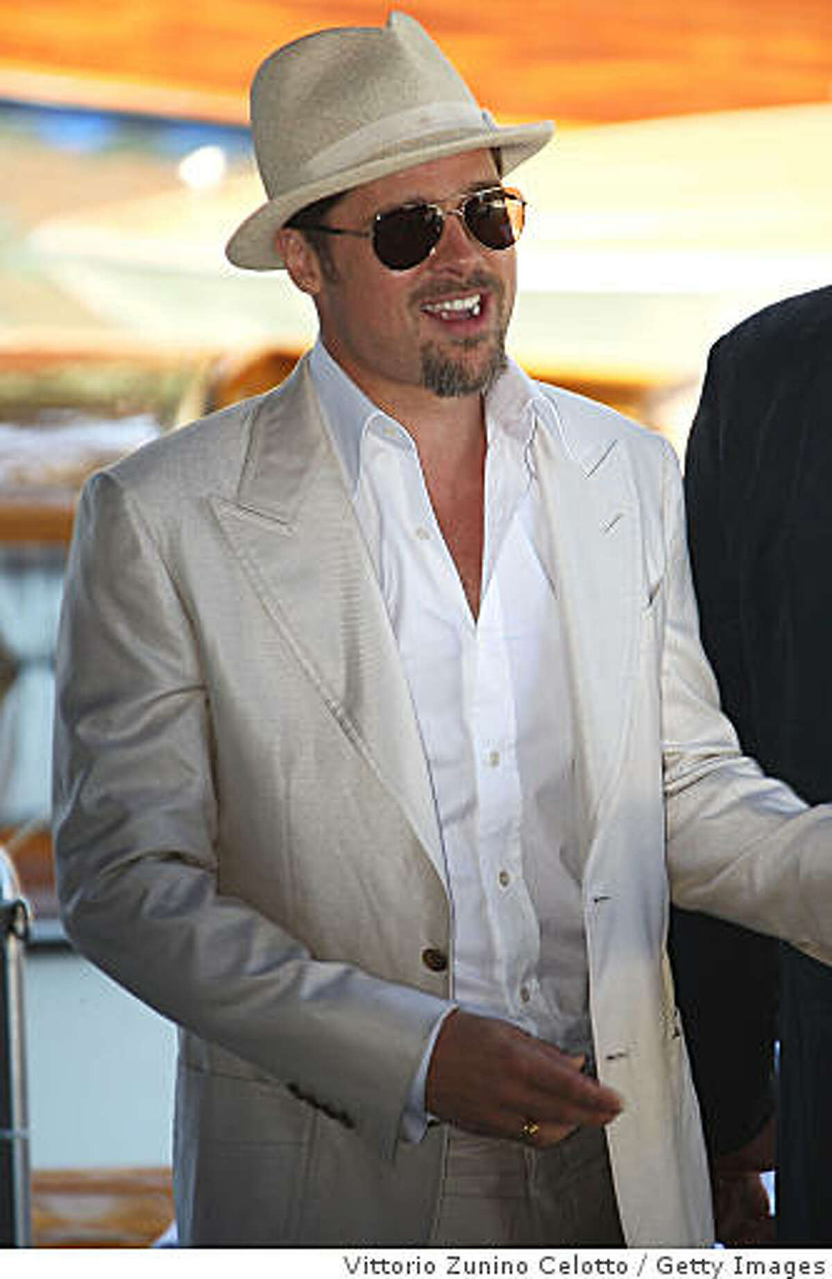 VENICE, ITALY - AUGUST 27: Actor Brad Pitt arrives for the 'Burn After Reading' Photocall, part of the 65th Venice Film Festival at Palazzo del Casino on August 27 2008 in Venice, Italy. (Photo by Vittorio Zunino Celotto/Getty Images)