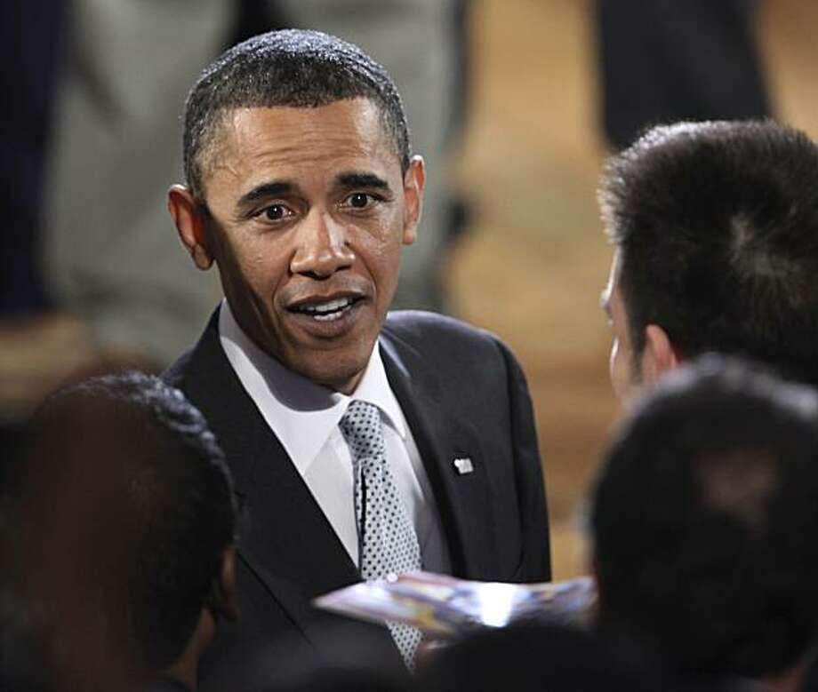 President Barack Obama greets delegates at the Presidential Summit on Entrepreneurship in Washington, Monday, April 26, 2010. Photo: Manuel Balce Ceneta, AP
