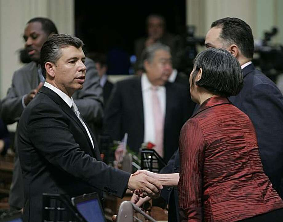 State Sen. Abel Maldonado, R-Santa Maria, left,, Gov. Arnold Schwarzenegger's nominee for lieutenant governor, shakes hands with Assemblywoman Mariko Yamada, D-Davis, after she voted against his confirmation at the Capitol in Sacramento, Calif., Thursday,Feb. 11, 2010.  Maldonado's confirmation was approved earlier,  by the Senate, on 26-7 vote , but initially failed to get the majority support in the Assembly.  The Assembly is expected to reconsider later in the day. Photo: Rich Pedroncelli, AP
