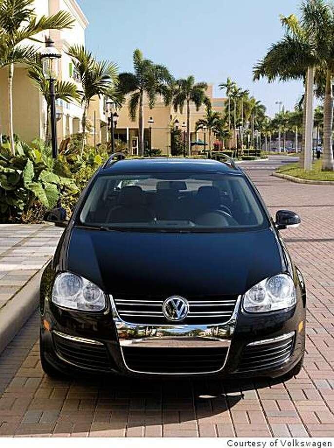 2009 Volkswagen Jetta SportWagen SE Photo: Courtesy Of Volkswagen
