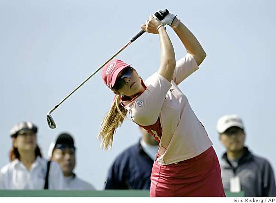 Paula Creamer follows her shot from the third tee during the final round of the Samsung World Championship golf tournament in Half Moon Bay, Calif., Sunday, Oct. 5, 2008. (AP Photo/Eric Risberg) Photo: Eric Risberg, AP