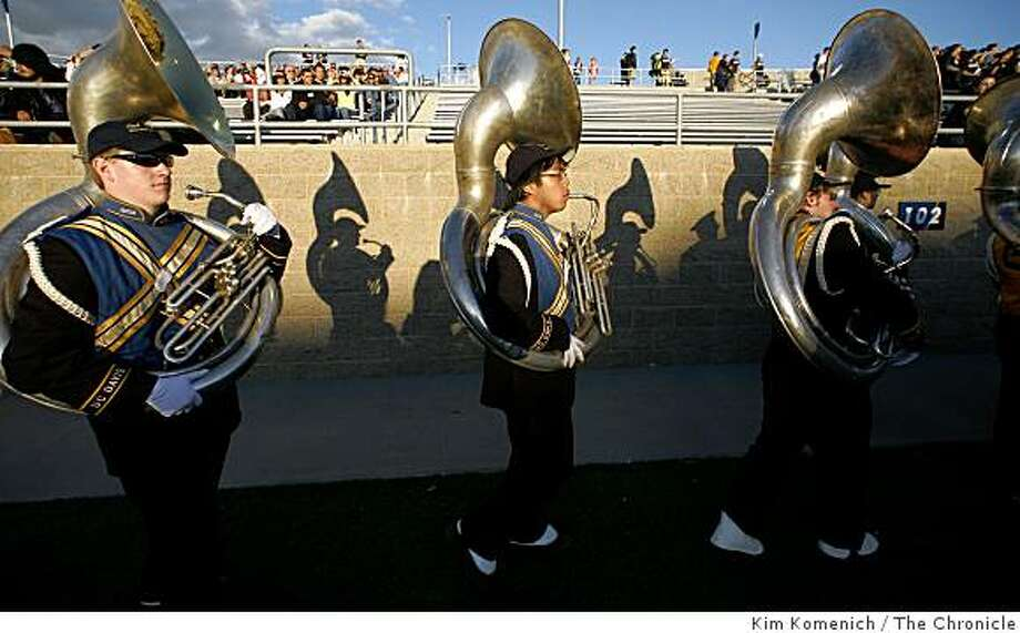 The suousaphone section leaves the field after the U.C. Davis marching band performs at the beginning of the U.C. Davis-Northern Colorado football game in Davis, Calif., on Saturday, Oct. 4, 2008. Photo: Kim Komenich, The Chronicle