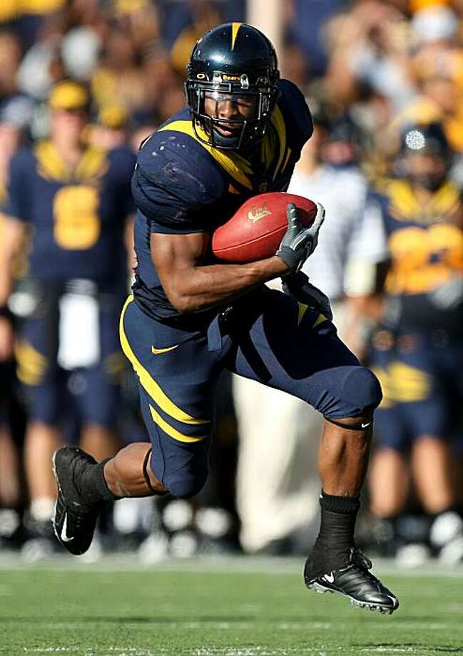 BERKELEY, CA - NOVEMBER 22:  Jahvid Best #4 of the California Golden Bears runs against the Stanford Cardinal during an NCAA football game on November 22, 2008 at Memorial Stadium in Berkeley, California.  (Photo by Jed Jacobsohn/Getty Images) Photo: Jed Jacobsohn, Getty Images
