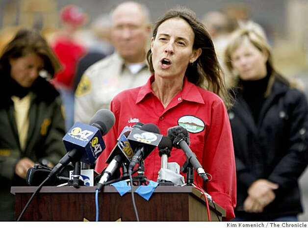 Jutta Schmidt of Inyo, Calif., Search and Rescue talks on Thursday, Oct. 2, 2008 about her  Oct. 1 search of  the  debris zone from a small plane crash near Devil's Postpile National Monument. The debris is believed to be remains of plane one flown by billionaire Steve Fossett when he disappeared on September 3, 2007. Photo: Kim Komenich, The Chronicle