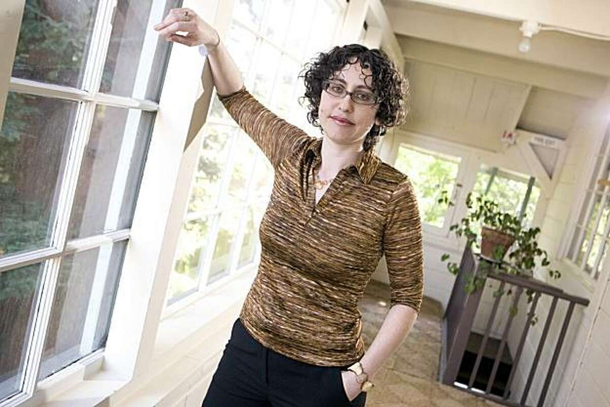 Jessica Bernstein, Psy.D., in her Oakland home on Thursday, April 8, 2010. Bernstein, is a psychotherapist and Type 1 diabetic who is giving a controversial lecture on the subject of current methods of approaching diabetics care with the goal of controlling the condition. The Juvenile Diabetes Research Foundation's Greater Bay Area Chapter will present the evening with Bernstein, who is also making a documentary film about diabetes titled